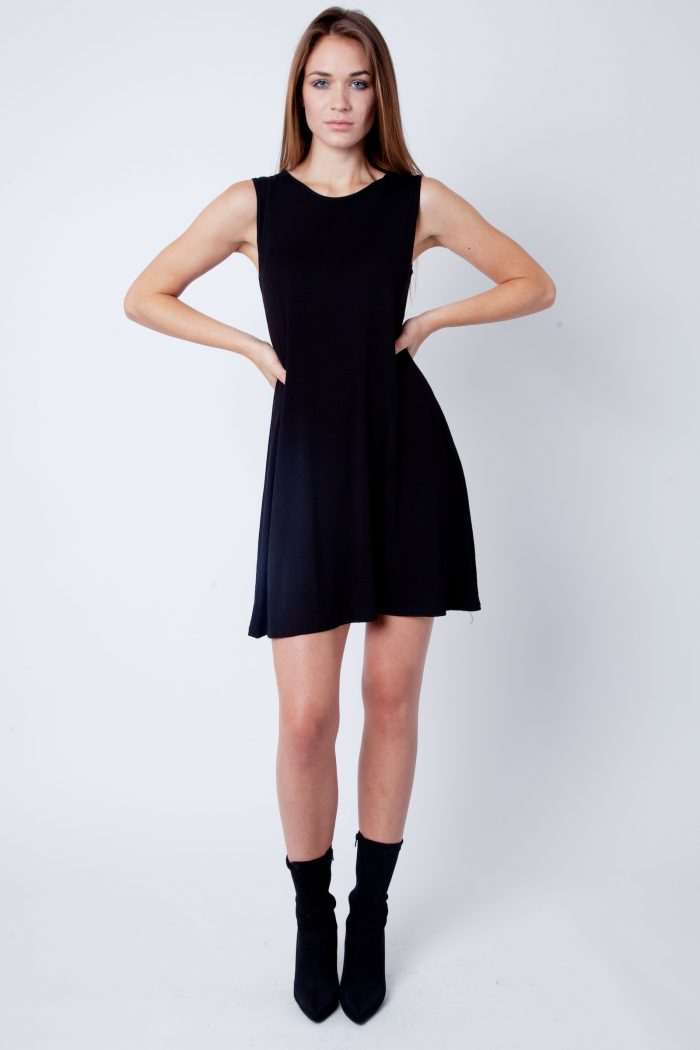 Black Round Neck Sleeveless Skater Dress