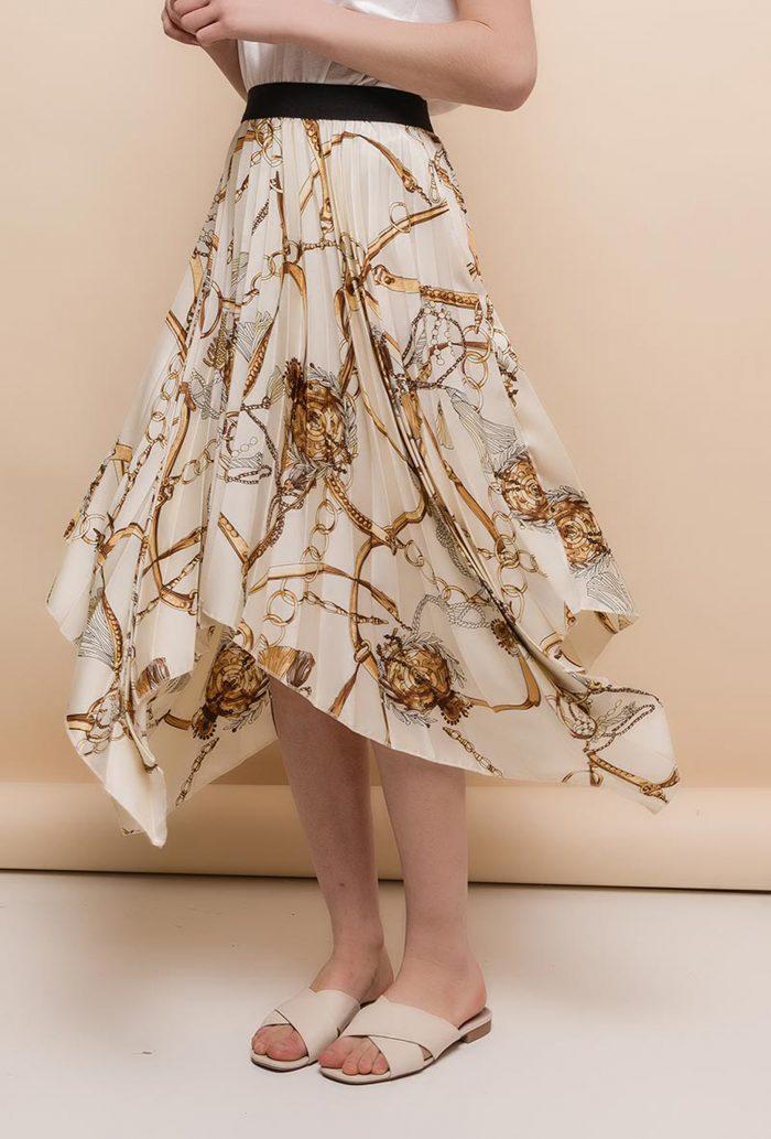 Beige Chain Print Pleated Skirt