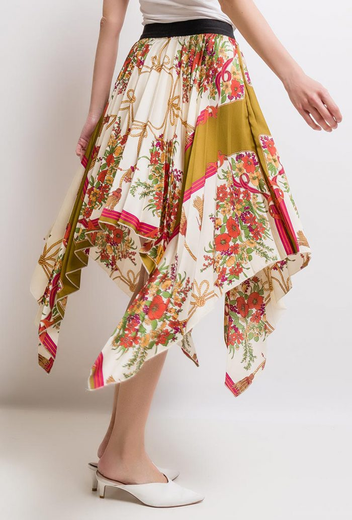 Beige Floral Print Pleated Skirt